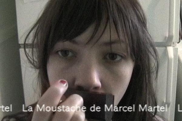 mustache600x400